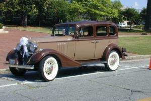 1933 Pontiac 4-Door Sedan 601
