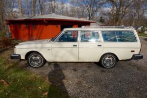 1976 Volvo 240 265 DL