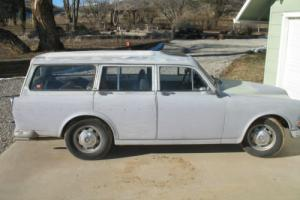 1968 Volvo 220 wagon Photo