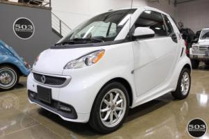 2014 Smart Fortwo passion electric cabriolet; White/Black w/ 11k!