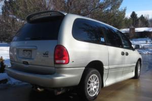 2000 Dodge Grand Caravan Sport SE