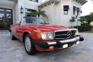 1987 Mercedes-Benz SL-Class 560SL Roadster Photo