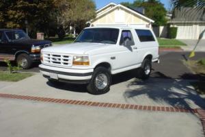 1996 Ford Bronco Photo