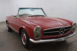 1965 Mercedes-Benz 230SL RHD Photo