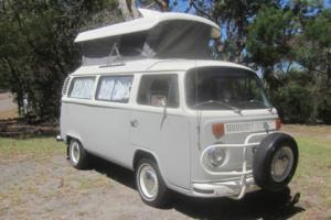VW KOMBI BAYWINDOW CAMPER 1973