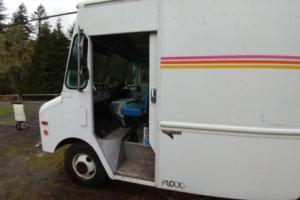 1986 GMC Grumman Box truck