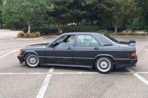 1985 Mercedes-Benz 190-Series Photo