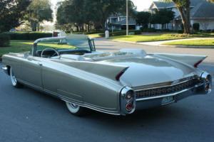 1960 Cadillac Eldorado BIARRITZ CONVERTIBLE - AC -  8K MI