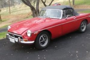 1973 MG MGB b Photo