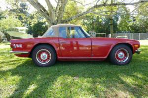 1976 Triumph TR-6 Convertible Photo
