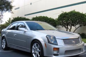 2005 Cadillac CTS 4dr Sedan Photo