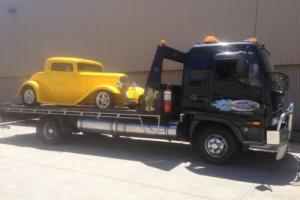car towing torana holden ford hotrod damaged caravans tractors collector car vw Photo