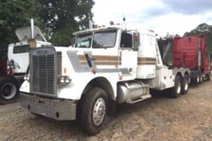 1983 Freightliner FLD12064 Tow & Recovery Trucks