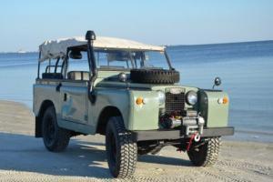 1964 Land Rover Defender Photo