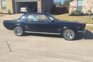 1966 Ford Mustang V8 3