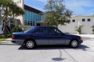 1992 Mercedes-Benz 400-Series E