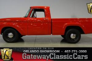 1963 Ford F-100 --