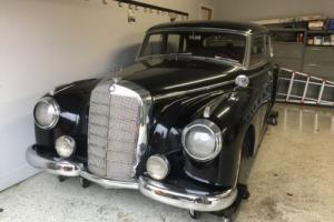 1952 Mercedes-Benz 300-Series Photo