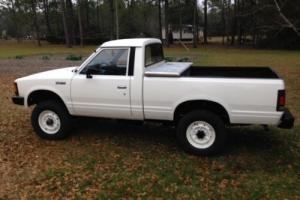 1986 Nissan Other Pickups Photo