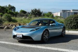 2010 Tesla Roadster -- Photo