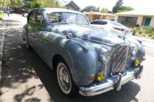 1959 Jaguar MK1X Photo