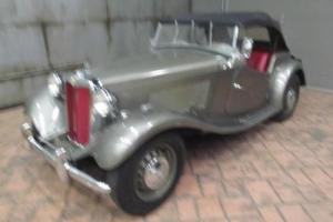 1953 MG TD ROADSTER -- Photo