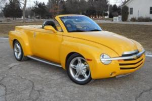 2004 Chevrolet SSR LS ALL OPTIONS