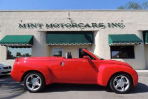 "2004 Chevrolet SSR Reg Cab 116.0"" WB LS Photo"