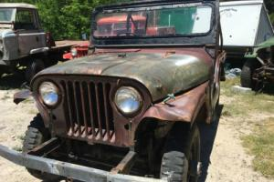 WILLYS JEEP EARLY 1955 CJ5 RARE  GOING CONDITION FOR RESTORATION BARGAIN