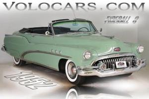 1952 Buick Super -- Photo