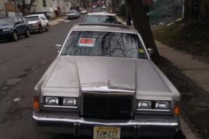 1989 Lincoln Town Car Photo