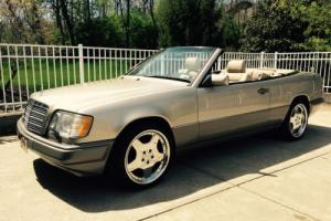 1994 Mercedes-Benz 300-Series E320 Mercedes Benz convertible