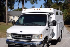 2002 Ford E-Series Van E 350 Photo