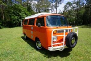 VW Kombi Pop-top Camper campervan