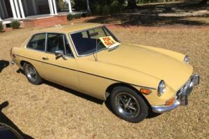 1973 MG MGB GT Photo