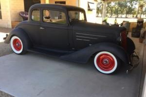 1934 CHEV 5 window coupe hot rod