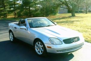 2000 Mercedes-Benz SLK-Class Photo
