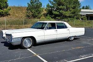 1965 Cadillac Fleetwood -- Photo