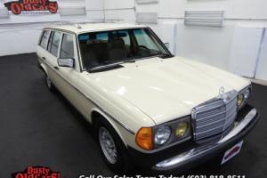 1984 Mercedes-Benz 300-Series 300TD Wagon 3.0L I5 Runs Drives Body Inter Vgood