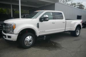 2017 Ford F-450 PLATINUM F-450 Photo