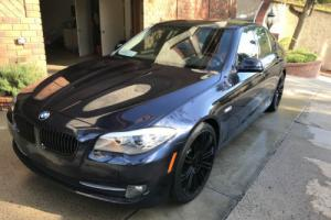 2011 BMW 5-Series 528i Photo