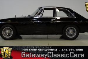 1966 MG MG B GT Photo