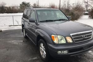 2004 Lexus LX Photo