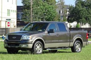 2005 Ford F-150 Lariat Photo