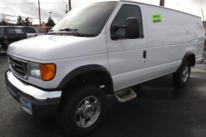 2004 Ford E-Series Van Extended Length E350