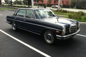 1971 Mercedes-Benz 200-Series 250 Sedan