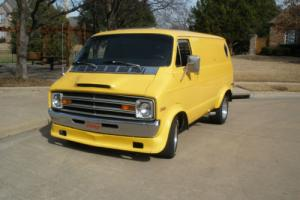 1976 Dodge B200 Van 3/4 ton Custom Hippie Truckin Truck Scooby Japan