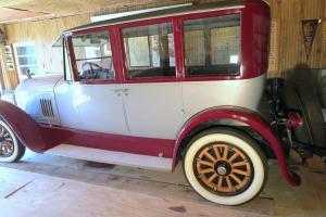 Antique 1925 Pierce Arrow Series 33  4 Door 5 Passenger