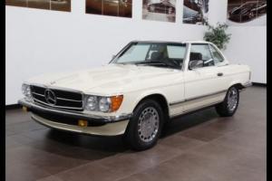 1986 Mercedes-Benz 500-Series Photo