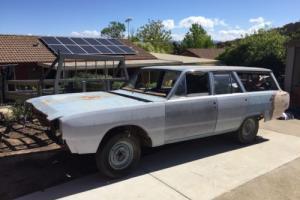 Valiant ve safari wagon